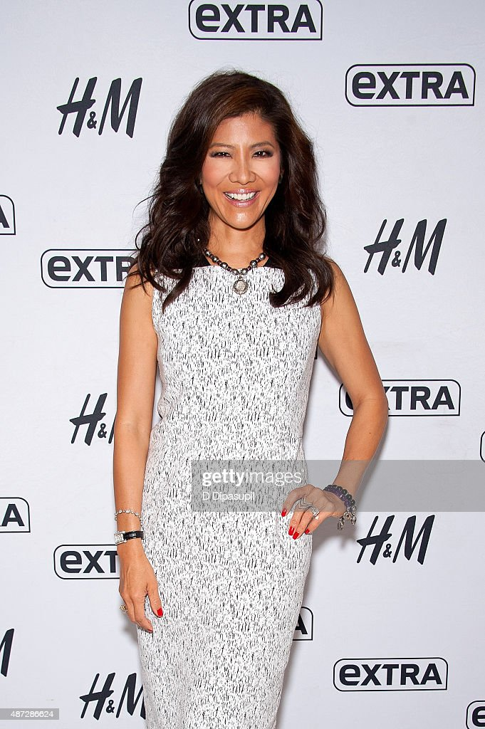 Julie Chen visits 'Extra' at their New York studios at H&M in Times Square on September 8, 2015 in New York City.