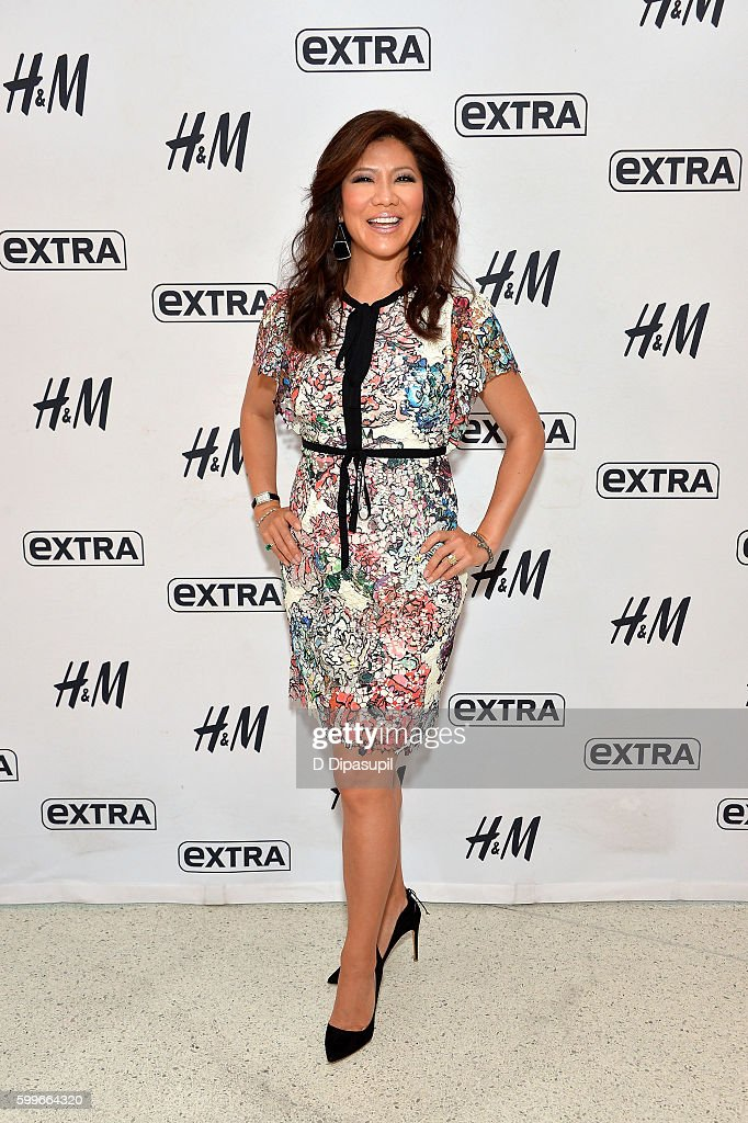 Julie Chen visits 'Extra' at their New York studios at H&M in Times Square on September 6, 2016 in New York City.