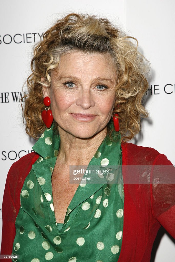 <b>Julie Christie</b> Show more - julie-christie-picture-id76759928