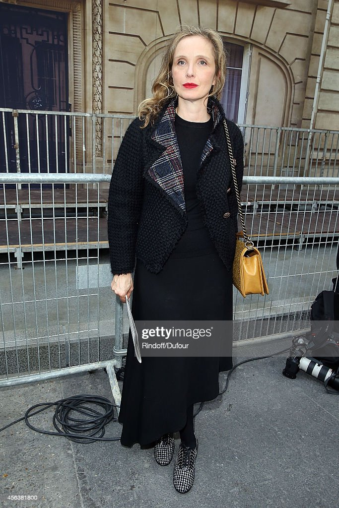 Julie Delpy attends the Chanel show as part of the Paris Fashion Week Womenswear Spring/Summer 2015 on September 30, 2014 in Paris, France.