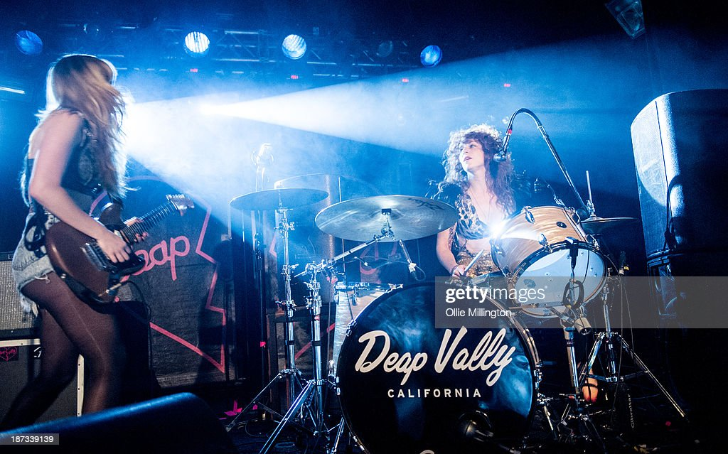 Julie Edwards (R) and Lindsey Troy of Deap Vally perform during the bands November 2013 UK tour at 02 Academy on November 7, 2013 in Birmingham, England.