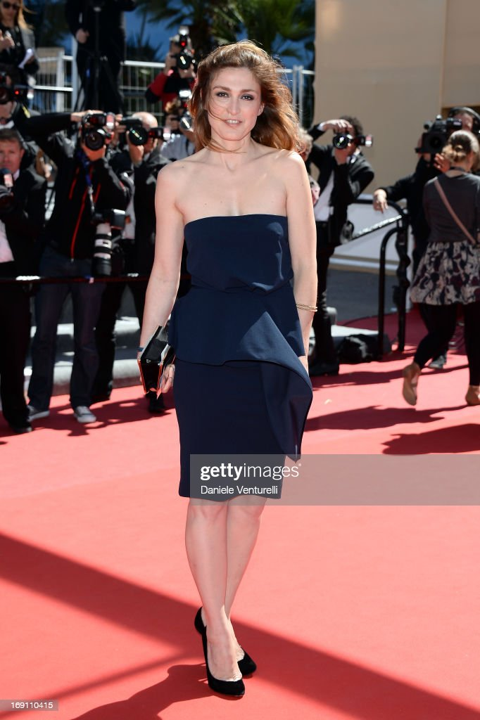 <a gi-track='captionPersonalityLinkClicked' href=/galleries/search?phrase=Julie+Gayet&family=editorial&specificpeople=221651 ng-click='$event.stopPropagation()'>Julie Gayet</a> attends the Premiere of 'Un Chateau En Italie' during the 66th Annual Cannes Film Festival at the Palais des Festivals on May 20, 2013 in Cannes, Fra
