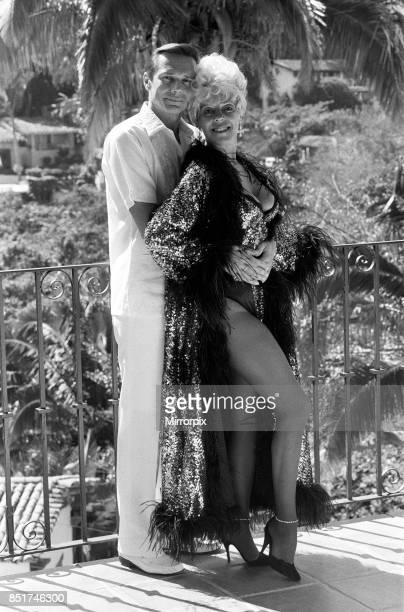 Julie Goodyear on holiday in Puerto Vallarta Mexico with husband Richard Skrob 14th January 1986
