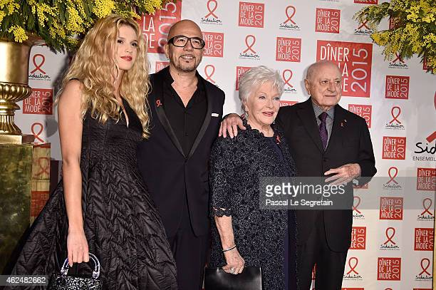Julie Hantson Pascal Obispo Line Renaud and Pierre Berge attend the Sidaction Gala Dinner 2015 at Pavillon d'Armenonville on January 29 2015 in Paris...
