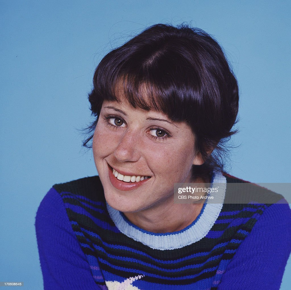 <a gi-track='captionPersonalityLinkClicked' href=/galleries/search?phrase=Julie+Kavner&family=editorial&specificpeople=1545588 ng-click='$event.stopPropagation()'>Julie Kavner</a> stars as Brenda Morgenstern on RHODA. Image dated 1975.