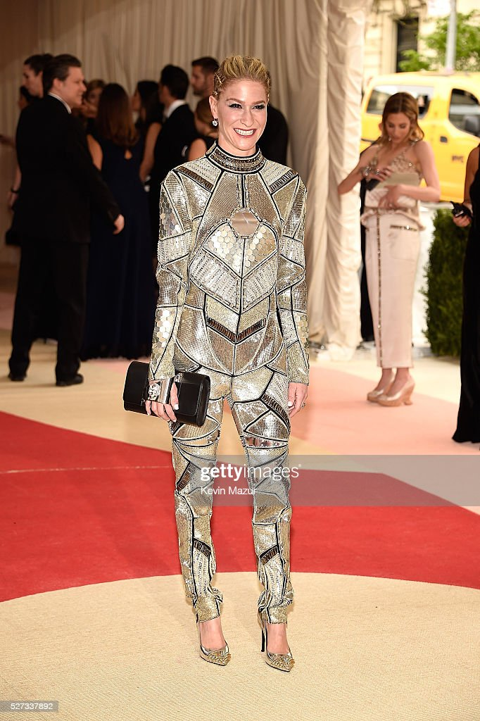 Julie Macklowe attends 'Manus x Machina: Fashion In An Age Of Technology' Costume Institute Gala at Metropolitan Museum of Art on May 2, 2016 in New York City.