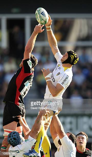 Julien Bonnaire of Clermont Auvergne beats Hugh Vyvyan to the lineout ball during the Heineken Cup match between ASM Clermont Auvergne and Saracens...