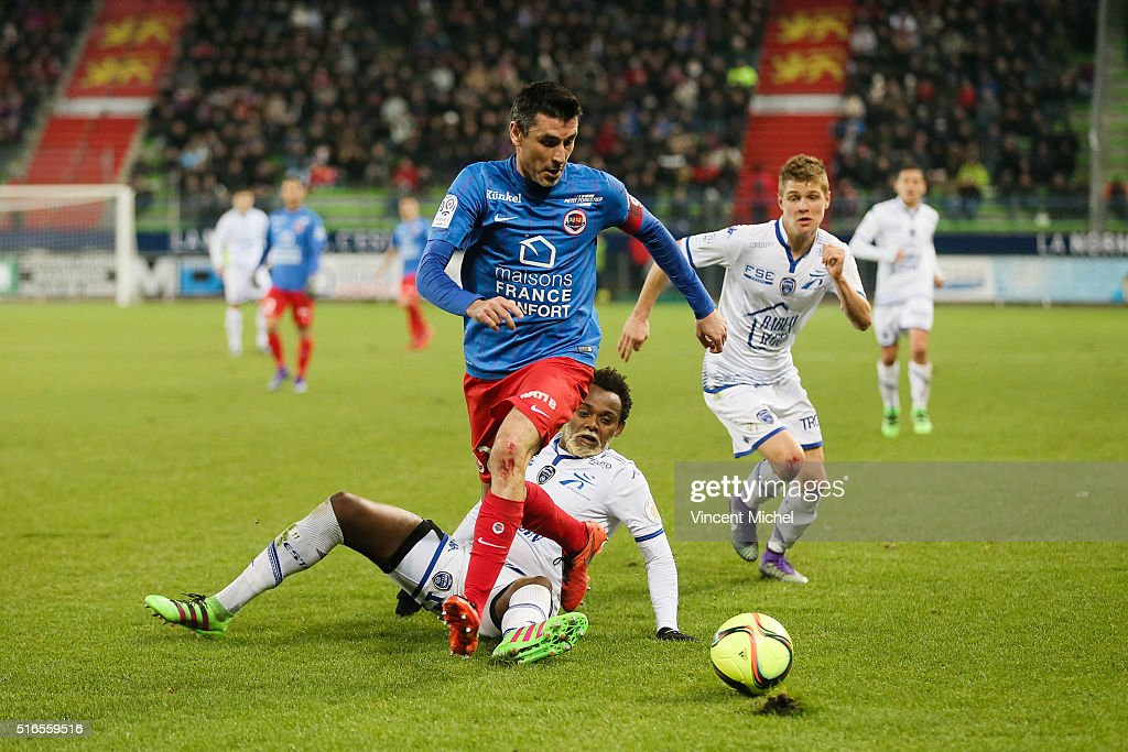 Julien Feret of Caen during the French Ligue 1 match between SM Caen and ESTAC Troyes at Stade Michel D'Ornano on March 19 2016 in Caen France