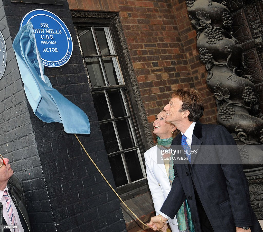 Juliet Mills and Robin Gibb attend a plaque unveiling for Sir john Mills at Pinewood Studios on May 9, 2010 in London, England.