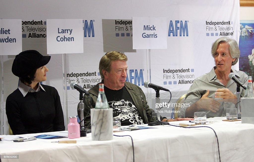 Juliet Snowden, <a gi-track='captionPersonalityLinkClicked' href=/galleries/search?phrase=Larry+Cohen&family=editorial&specificpeople=238848 ng-click='$event.stopPropagation()'>Larry Cohen</a>, and Mick Garris attend the 2009 American Film Market - Day 6, Writing for the Genre World at the Le Merigot Hotel on November 9, 2009 in Santa Monica, California.