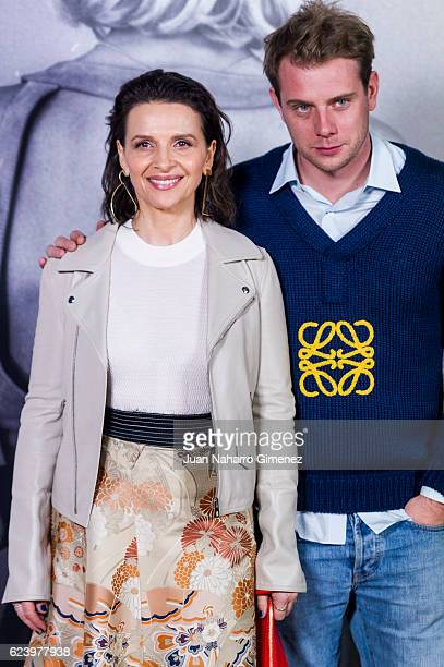 Juliette Binoche and Jonathan Anderson attend the 'LOEWE Past Present Future' inauguration exhibition at Jardin Botanico on November 17 2016 in...