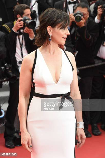 Juliette Binoche attends 'Amant Double ' Red Carpet Arrivals during the 70th annual Cannes Film Festival at Palais des Festivals on May 26 2017 in...