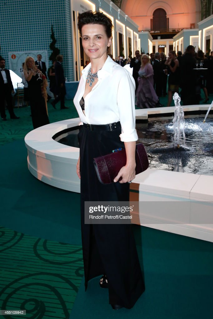 Juliette Binoche (Jewelry Bulgari) attends the 27th 'Biennale des Antiquaires' Pre Opening at Le Grand Palais on September 9, 2014 in Paris, France.