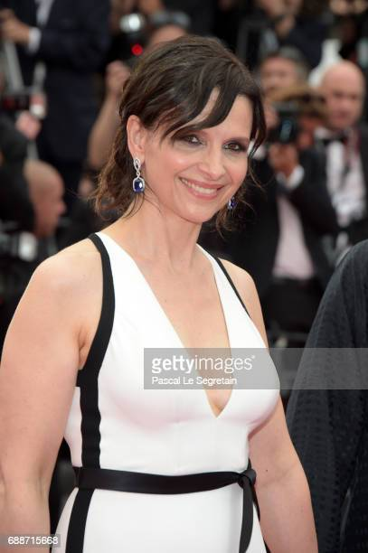 Juliette Binoche attends the 'Amant Double ' screening during the 70th annual Cannes Film Festival at Palais des Festivals on May 26 2017 in Cannes...