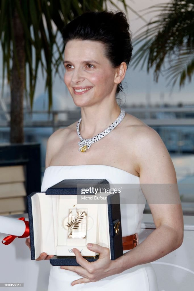 Juliette Binoche attends the Palme d'Or Award Photocall held at the Palais des Festivals during the 63rd Annual Cannes Film Festival on May 23, 2010 in Cannes, France.