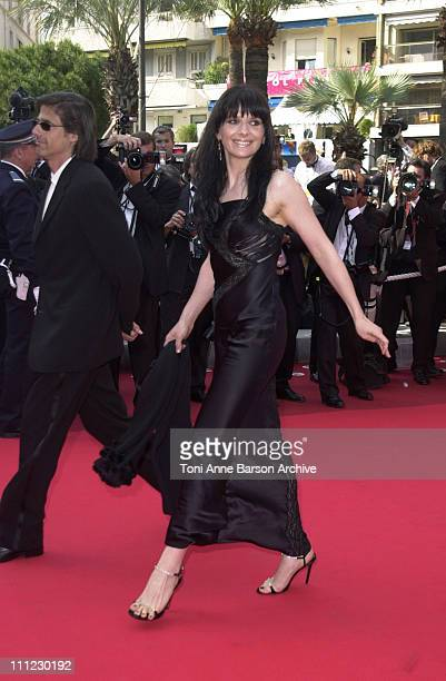 Juliette Binoche during Cannes 2002 'Gangs of New York' Premiere at Palais des Festivals in Cannes France
