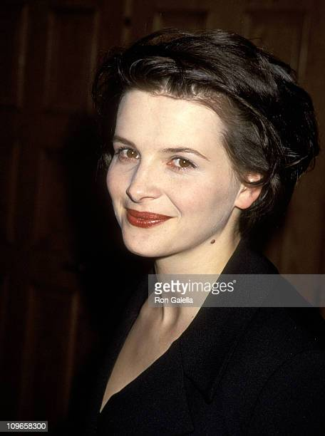 Juliette Binoche during Los Angeles Film Critics Awards January 18 1994 at Bel Age Hotel in West Hollywood California United States