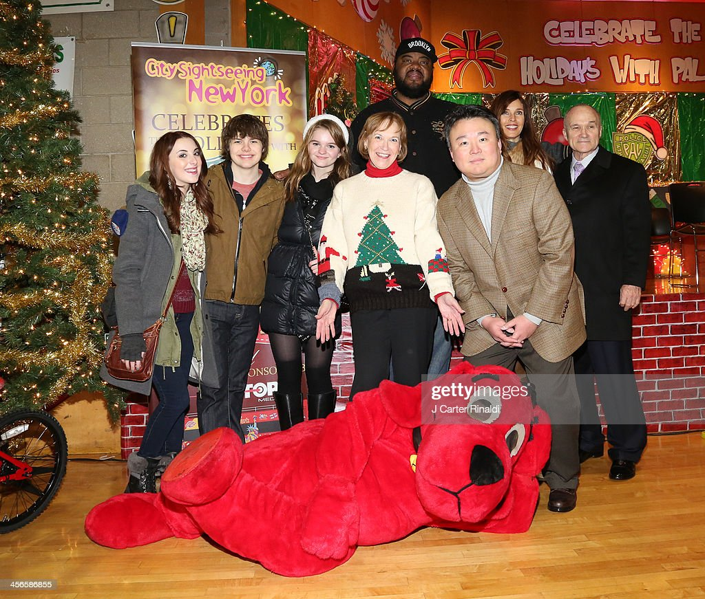 Juliette Goglia Brendan Meyer Kerris Dorsey Alana Sweeny Grizz Chapman David W Chien Carol Alt and Police Commissioner Raymond Kelly attend City...