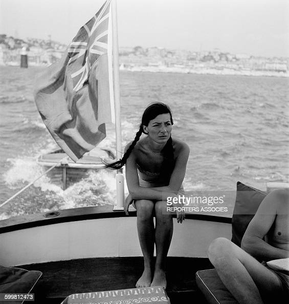 Stile Peplo Greco: Juliette Greco Stock Photos And Pictures