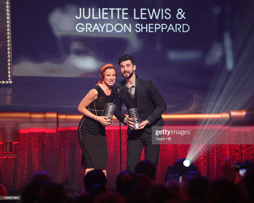<a gi-track='captionPersonalityLinkClicked' href=/galleries/search?phrase=Juliette+Lewis&family=editorial&specificpeople=202873 ng-click='$event.stopPropagation()'>Juliette Lewis</a> and Graydon Sheppard accept a Webby for 'Shit Girls Say' during the 16th Annual Webby Awards at Hammerstein Ballroom on May 21, 2012 in New York City.