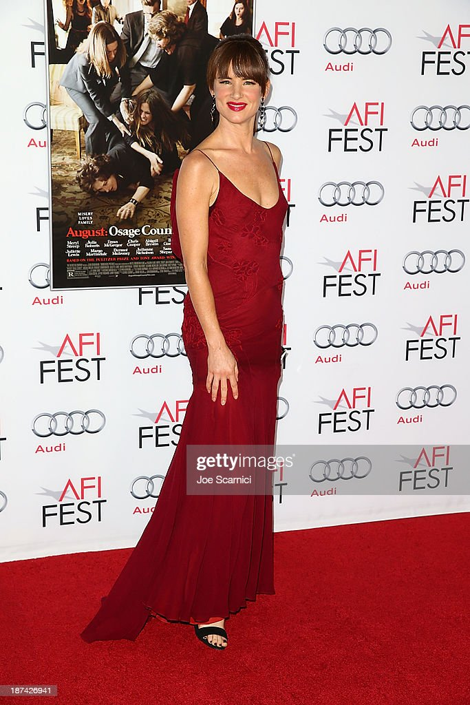<a gi-track='captionPersonalityLinkClicked' href=/galleries/search?phrase=Juliette+Lewis&family=editorial&specificpeople=202873 ng-click='$event.stopPropagation()'>Juliette Lewis</a> arrives at AFI FEST 2013 Presented By Audi - 'August Osage County' premiere at TCL Chinese Theatre on November 8, 2013 in Hollywood, California.