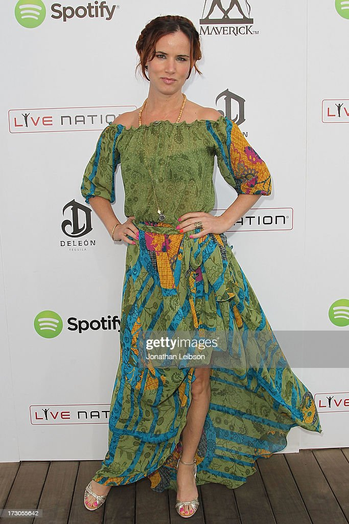 <a gi-track='captionPersonalityLinkClicked' href=/galleries/search?phrase=Juliette+Lewis&family=editorial&specificpeople=202873 ng-click='$event.stopPropagation()'>Juliette Lewis</a> attends the Guy Oseary's July 4th event in Malibu presented by Spotify and Live Nation with DeLeon and VitaCoco at Nobu Malibu on July 4, 2013 in Malibu, California.