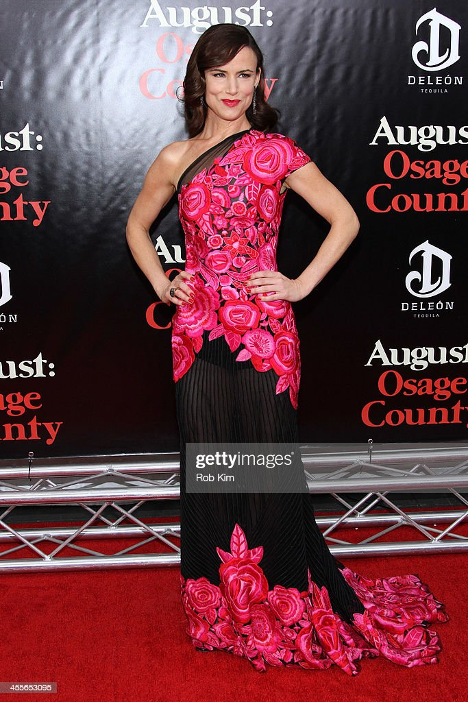 <a gi-track='captionPersonalityLinkClicked' href=/galleries/search?phrase=Juliette+Lewis&family=editorial&specificpeople=202873 ng-click='$event.stopPropagation()'>Juliette Lewis</a> attends the premiere of