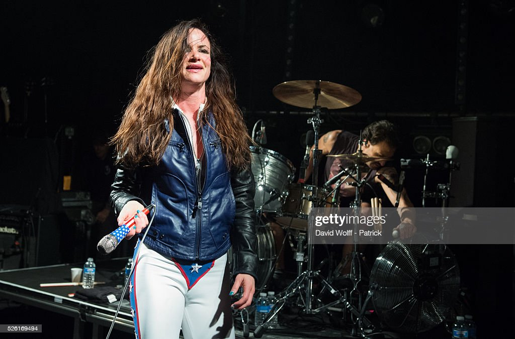 <a gi-track='captionPersonalityLinkClicked' href=/galleries/search?phrase=Juliette+Lewis&family=editorial&specificpeople=202873 ng-click='$event.stopPropagation()'>Juliette Lewis</a> from Juliette and the Licks performs at Le Trabendo on April 29, 2016 in Paris, France.