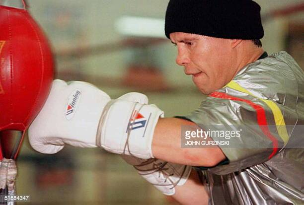 Julio Cesar Chavez works out 03 February in Las Vegas Nevada in preparation for his nontitle fight against Scott Walker 09 February at Caesars Palace...