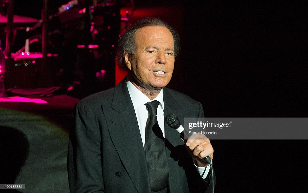<a gi-track='captionPersonalityLinkClicked' href=/galleries/search?phrase=Julio+Iglesias&family=editorial&specificpeople=218023 ng-click='$event.stopPropagation()'>Julio Iglesias</a> performs live on stage at the Royal Albert Hall on May 13, 2014 in London, England.