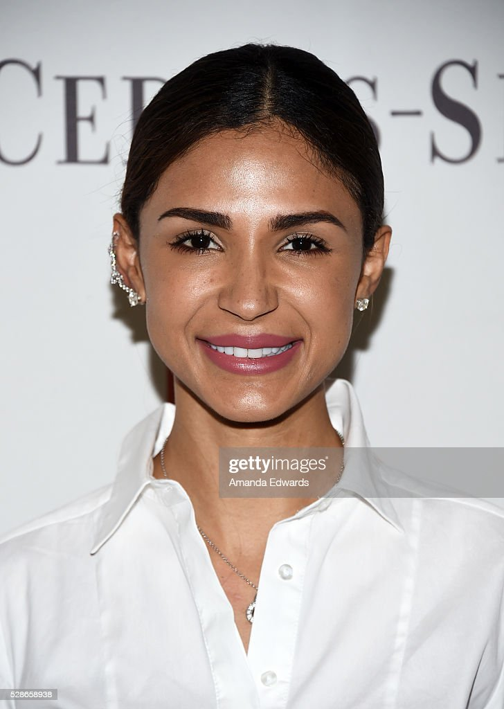 Julissa Rudnick arrives at The Helping Hand of Los Angeles' 87th Anniversary Mother's Day Luncheon and Fashion Show at the Beverly Wilshire Four Seasons Hotel on May 6, 2016 in Beverly Hills, California.