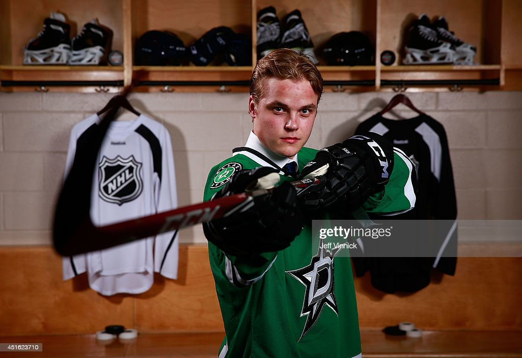 <a gi-track='captionPersonalityLinkClicked' href=/galleries/search?phrase=Julius+Honka&family=editorial&specificpeople=9966154 ng-click='$event.stopPropagation()'>Julius Honka</a>, 14th overall pick of the Dallas Stars, poses for a portrait during the 2014 NHL Entry Draft at Wells Fargo Center on June 27, 2014 in Philadelphia, Pennsylvania.