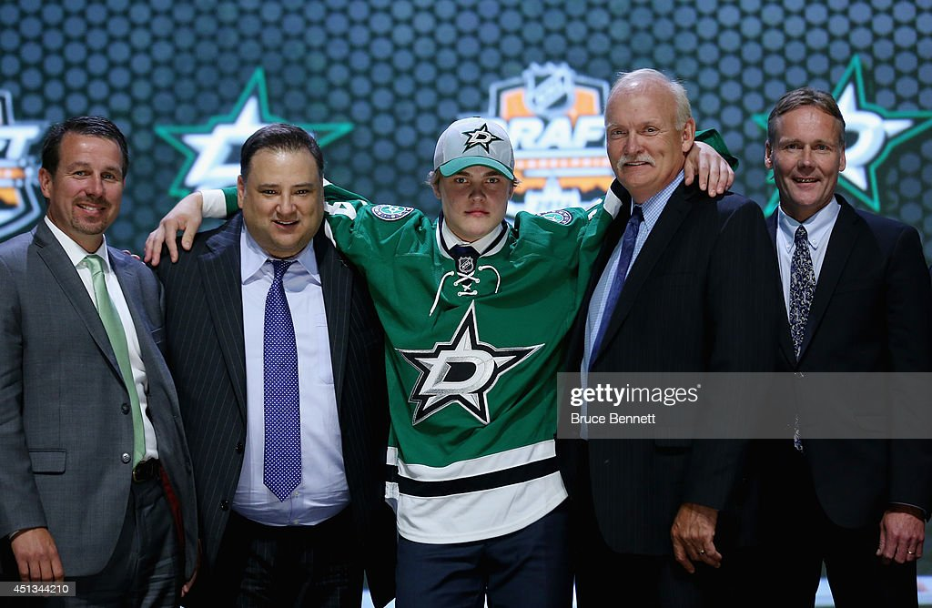 <a gi-track='captionPersonalityLinkClicked' href=/galleries/search?phrase=Julius+Honka&family=editorial&specificpeople=9966154 ng-click='$event.stopPropagation()'>Julius Honka</a> is selected fourteenth overall by the Dallas Stars in the first round of the 2014 NHL Draft at the Wells Fargo Center on June 27, 2014 in Philadelphia, Pennsylvania.