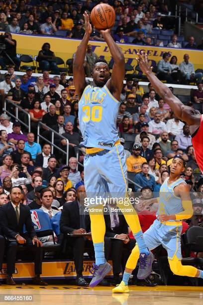 Julius Randle of the Los Angeles Lakers shoots the ball against the Washington Wizards on October 25 2017 at STAPLES Center in Los Angeles California...