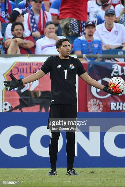 Panama goalkeeper Jaime Penedo protests The Men's National Team of Honduras and the Men's National Team of Panama drew 11 in a CONCACAF Gold Cup...