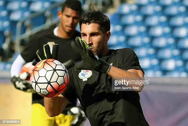 Panama goalkeeper Jaime Penedo warms up The Men's National Team of Honduras and the Men's National Team of Panama drew 11 in a CONCACAF Gold Cup...