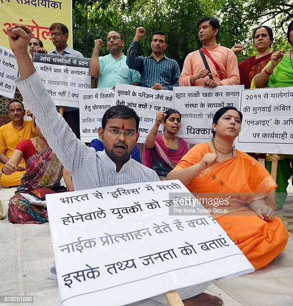 Hindu Janajagruti Samiti spoter during a protest against Zakir Naik at Jantarmantar in New Delhi