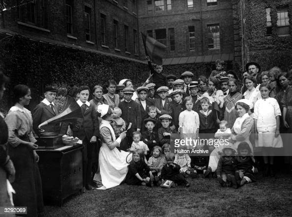 Belgian refugees in a Kensington Workhouse