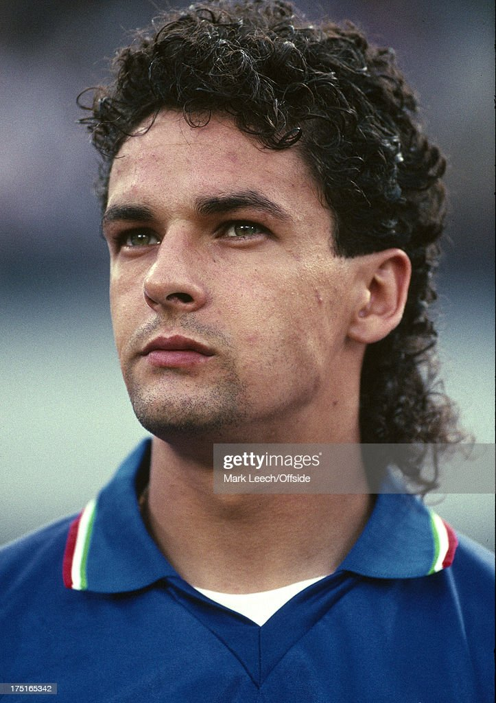 03 July 1990 World Cup Football - Argentina v Italy - Italian player <a gi-track='captionPersonalityLinkClicked' href=/galleries/search?phrase=Roberto+Baggio&family=editorial&specificpeople=216586 ng-click='$event.stopPropagation()'>Roberto Baggio</a>.