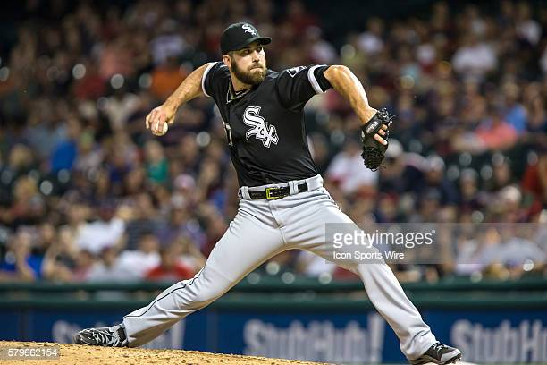 Chicago White Sox Pitcher Zach Putnam [8273] delivers a pitch to the plate during the ninth inning of the game between the Chicago White Sox and...