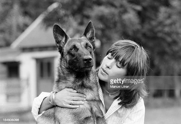 July 21 actress Nicole Calfan Lear learns to draw a shepherd malinois its partner in the movie 'The Dogs' by Alain Jessua Tender moment between dog...