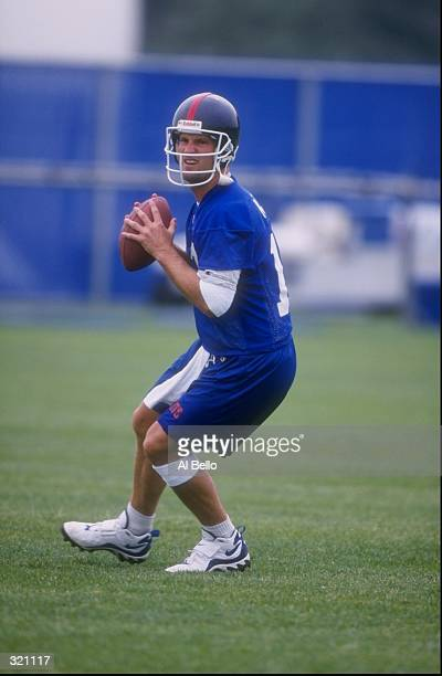 Danny Kanell of the New York Giants in action during MiniCamp at the Giants Stadium in East Rutherford New Jersey Mandatory Credit Al Bello /Allsport