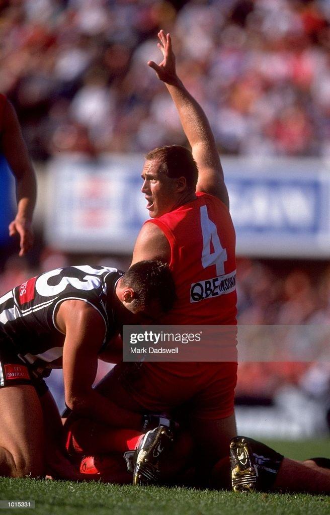 Tony Lockett of the Sydney Swans
