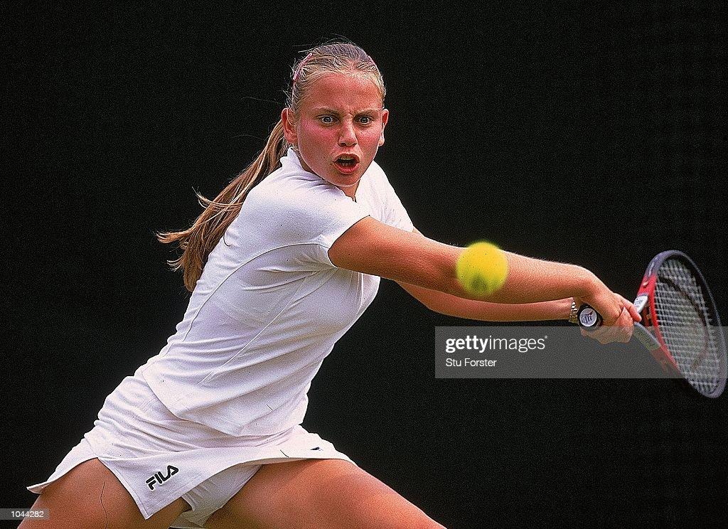 Jelena Dokičová ve Wimbledonu 2000