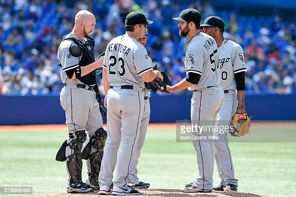 Chicago White Sox Manager Robin Ventura gives the ball to pitcher Zach Putnam in the 8th inning The Chicago White Sox defeated the Toronto Blue Jays...