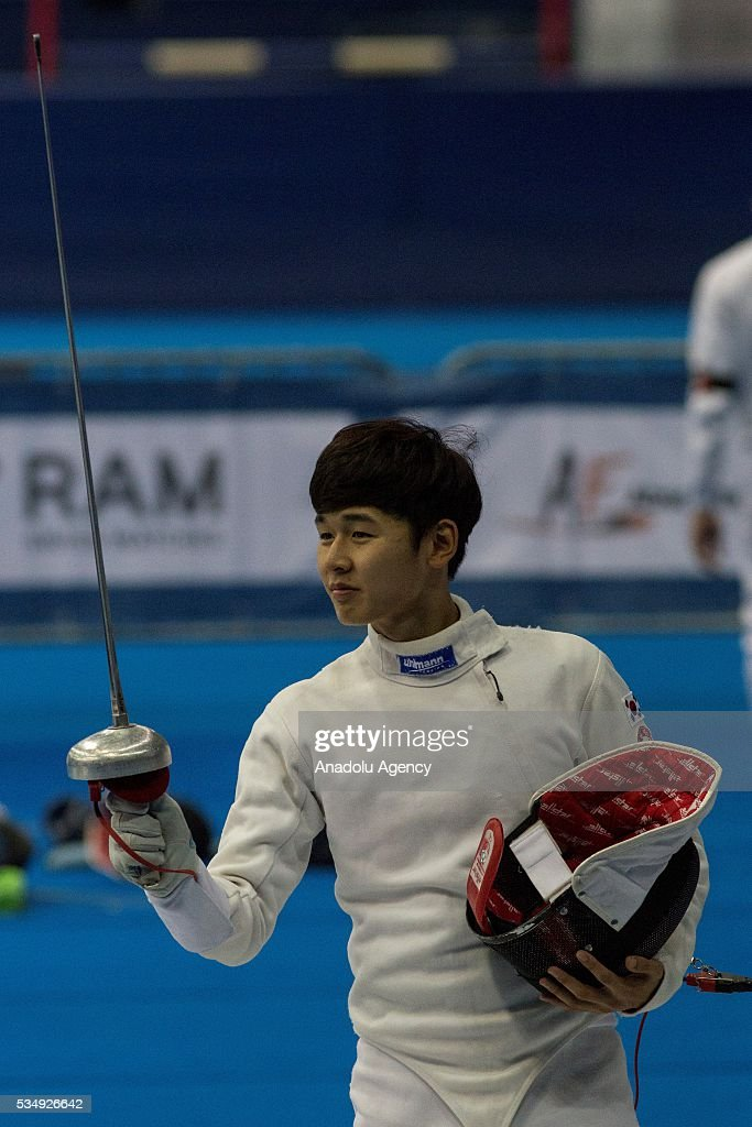 Jun Woongtae of Korea is seen during the men's fencing final at the World Championship in modern pentathlon at Olympic Sports Complex in Moscow, Russia, on May 28, 2016.