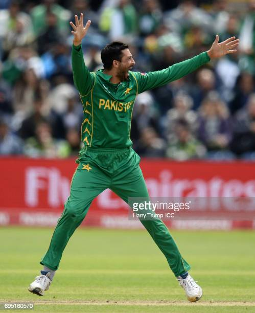 Junaid Khan of Pakistan appeals during the ICC Champions Trophy match between Sri Lanka and Pakistan at SWALEC Stadium on June 12 2017 in Cardiff...