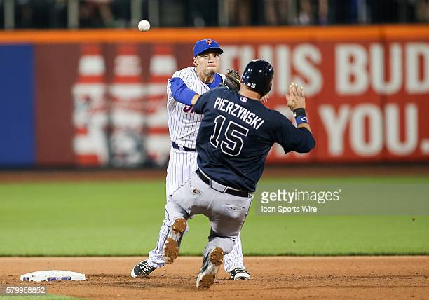 Atlanta Braves Outfield Kelly Johnson [4484] grounds into a double play New York Mets Infield Dilson Herrera [10130] to New York Mets Shortstop...