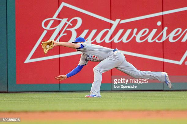 Chicago Cubs left fielder Kris Bryant makes a running catch against the Washington Nationals at Nationals Park in Washington DC where the Chicago...
