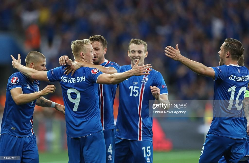 NICE, June 28, 2016 -- Kolbeinn Sigthorsson, second left, of Iceland celebrates scoring with his teammates during the Euro 2016 round of 16 football match between England and Iceland in Nice, France, June 27, 2016.